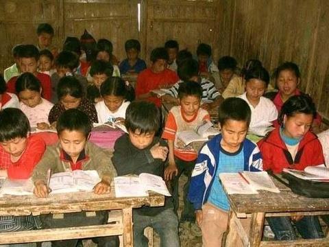 为什么农村孩子即使考上985名校依旧很自卑?