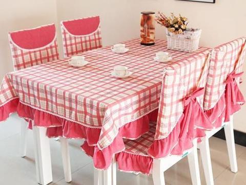 家用餐桌布怎么选择?家用餐桌布哪种好?