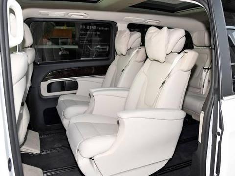 2019款奔驰V260L体验 驾乘舒适商务MPV