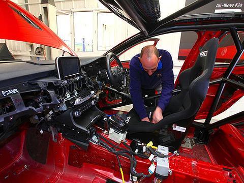 起亚近期推出Stinger GT420赛道用车配置情况如何