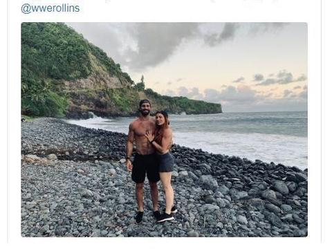 WWE摔小辉新闻官方宣布罗林斯与贝基林奇正式成为夫妻