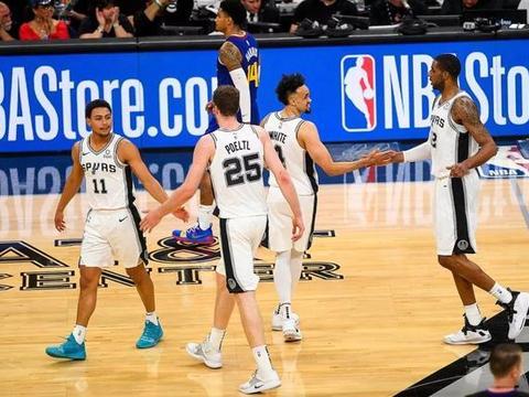 """NBA内线凋零的年头,马刺5号位只有硕果仅存的""""波头"""""""