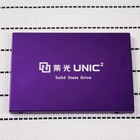 紫光年底量产64层堆栈3D闪存,2020年推128层闪存