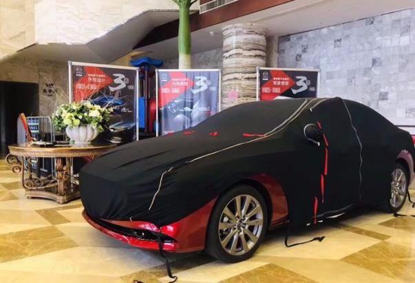 新款马自达3实车现身,尺寸加长改用扭力梁,这次能否逆袭?