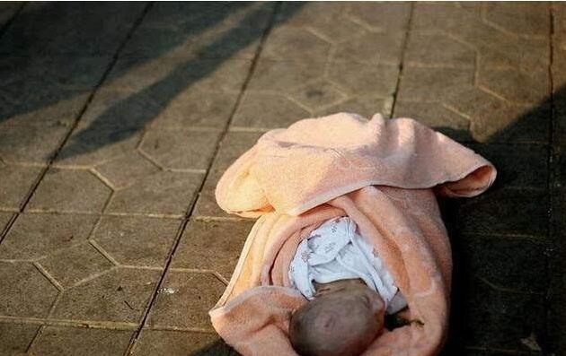 儿子出生一个月后,婆婆做了畜生不如的事情,俺报案后想离婚