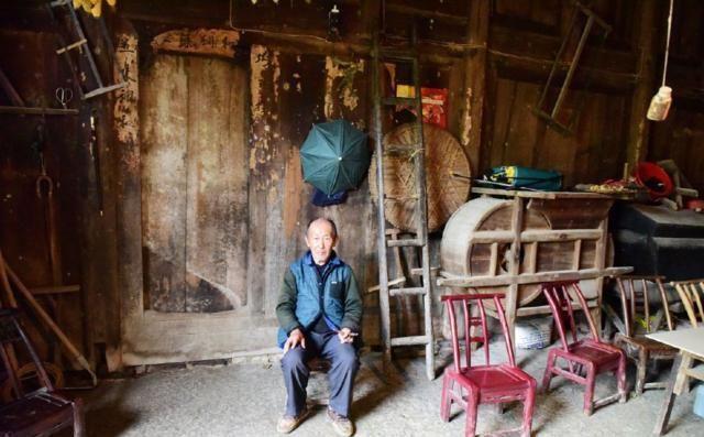 """中国最""""富有""""的贫困户,靠低保为生,却不知自家房子价值8个亿"""