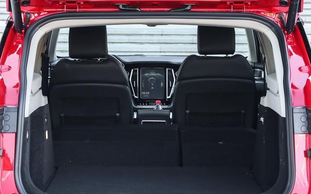 唯一不被骂的众泰SUV,外观内饰纯自主设计,轴距2.85米,卖11万