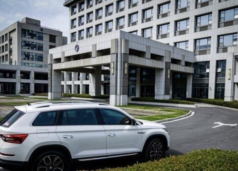 """又一""""实用""""德系SUV!容积达2065L,全时四驱带7座,还卖亲民价"""