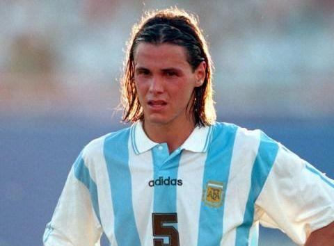 前阿根廷球星:大家重新开始把马拉多纳当成榜样,却逐渐淡忘梅西