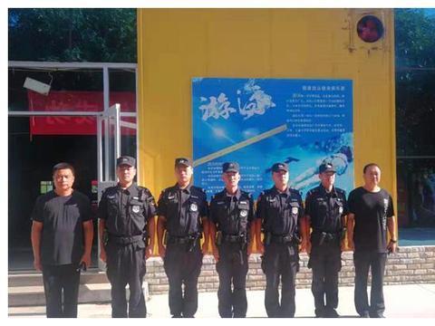 惠民县交巡警为全市第19届游泳比赛保驾护航
