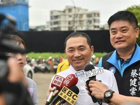 不断有人喊选台湾地区领导人,被蔡、柯赞赏的侯友宜这样回应