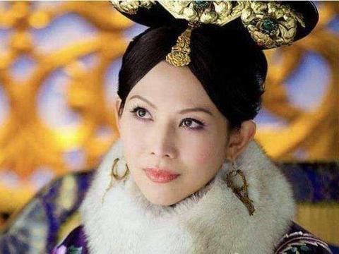 """""""香港房价""""到底有多恐怖?蔡少芬家挤得要命,她家却是顶级豪宅"""