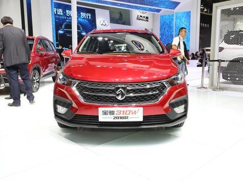 想买车预算却不足,这款车4万多一点,外观大气、内饰简洁