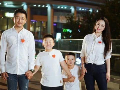 邹市明冉莹颖为三胎儿子办百日宴,孩子随母姓,哪吒造型呆萌可爱
