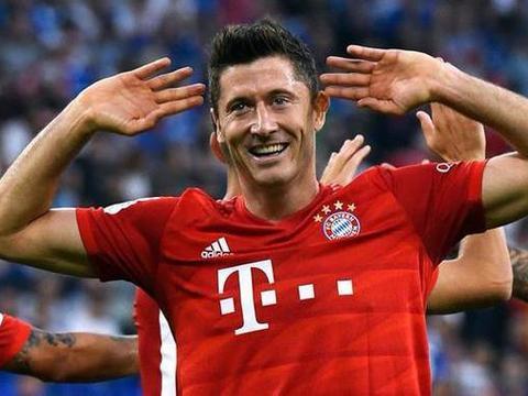 """2场5球!后""""罗贝里""""时代波兰重炮扛起拜仁 他就是世界第3人"""