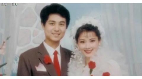 著名演员何赛飞生活近照,依旧端庄,老公是初恋,因一事遗憾至今