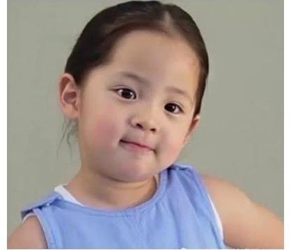 女星童年照大搜罗,迪丽热巴像白雪公主,看到杨紫,网友:噗呲!