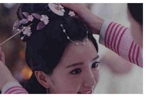 原来古装剧中的簪子一拔,头发就散下来是真的,传统文化博大精深
