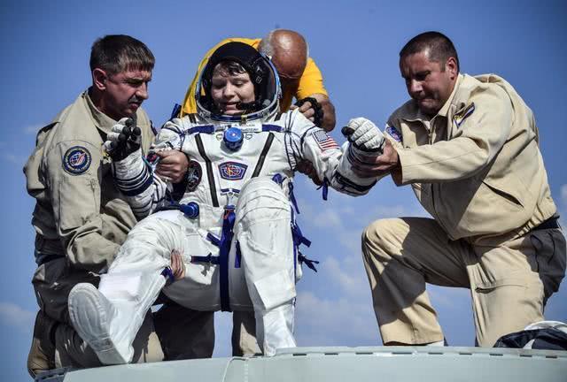 从太空黑进别人账号偷钱谁来审?NASA的宇航员真这么干了!