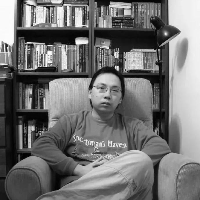39岁网文作家猝死家中,整整10天后才被发现…