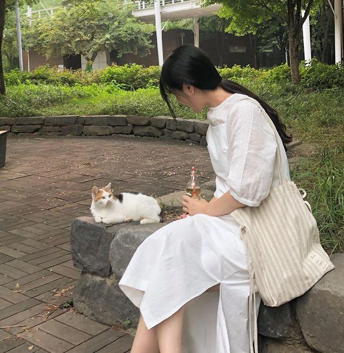 宝藏女孩公开了她闪闪发光的独居生活,一个人吃饭、旅行、看书、写信……