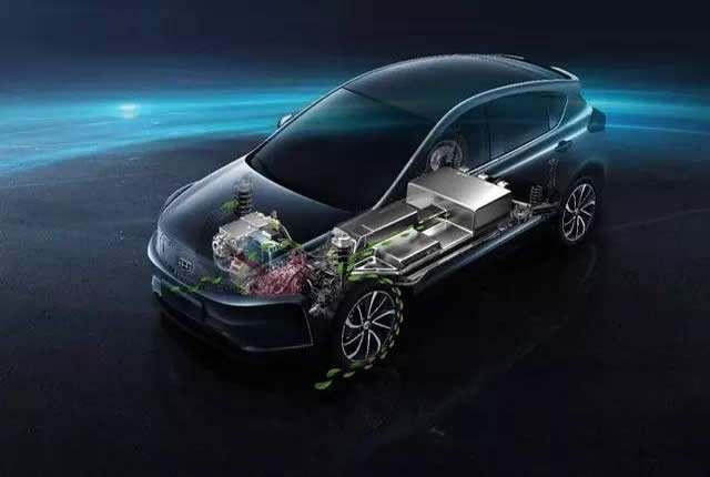 家用电动车也能谈驾驶乐趣? 帝豪GSe动力表现不输2.0T