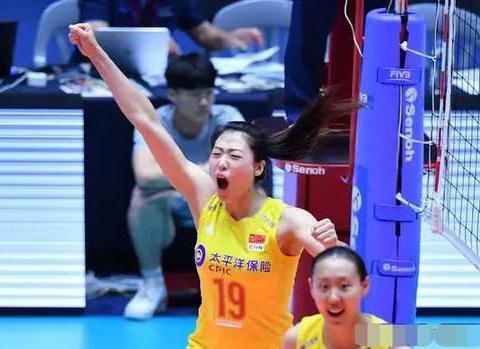 砍瓜切菜!刚刚中国女排3:0横扫哈萨克斯坦,如何评价这场比赛