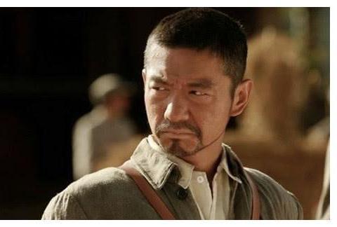 他曾被北影开除,搭档王宝强成名,出道至今零绯闻,47岁婚姻成谜