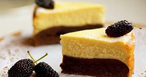 """芝士布朗尼蛋糕,非常适合烘焙新手,按照这个方法几乎""""零失败"""""""