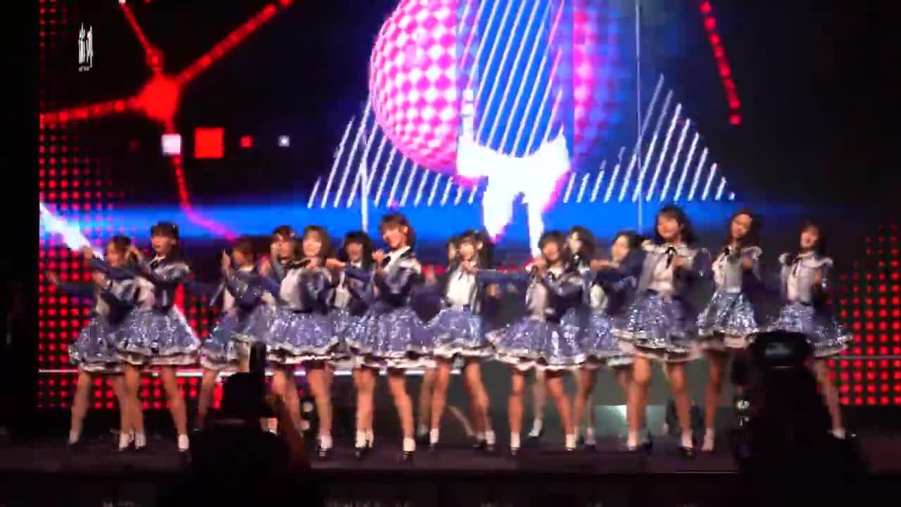 AKB48 Team SH追梦少女勇敢前行