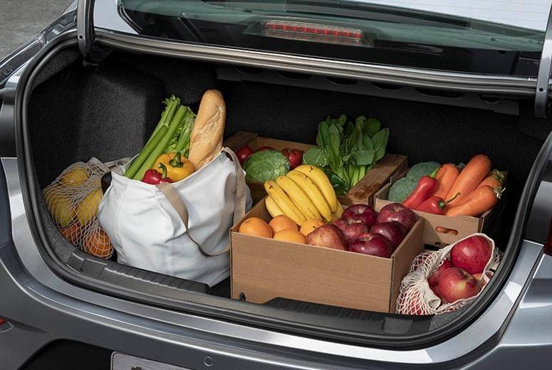 沉稳老派VS活力鲜肉,哪款紧凑级家轿更能讨得你欢心