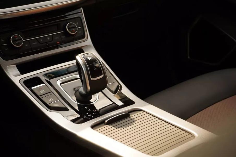 短试新帝豪GS:冷门的跨界SUV,为什么吉利能做成爆款?