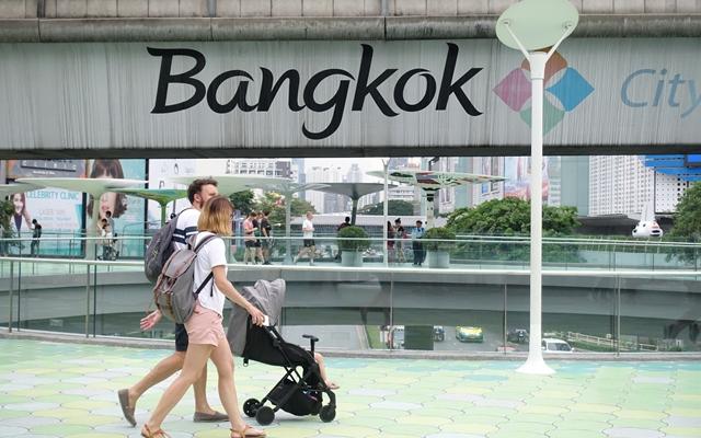 泰铢亚洲最强!旅游业遭殃经济下