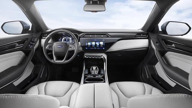 路咖与车:超值服务包有什么用 福特领界EV哪款车最值得买?