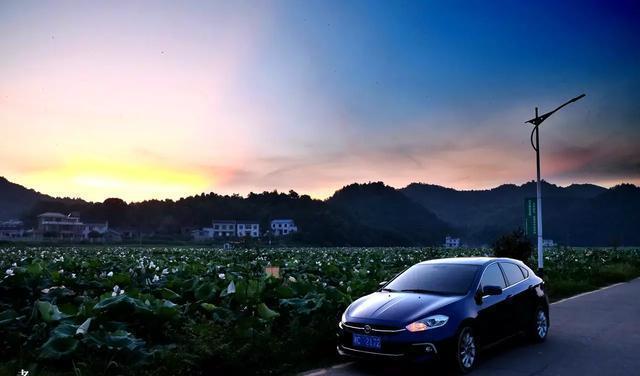 夏秋之季,广汽菲亚特致悦伴随老莫精彩驾驶生活