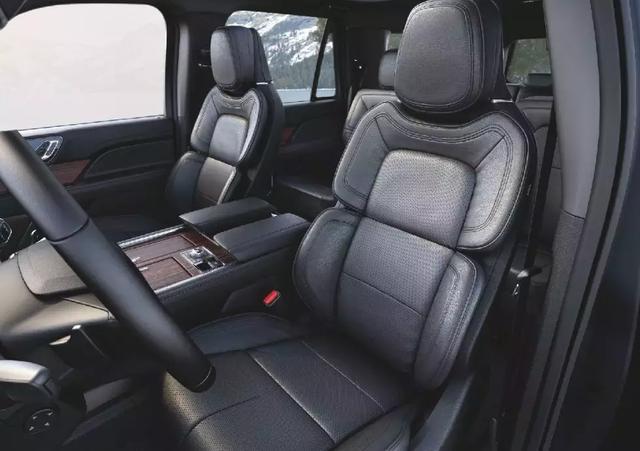 还要什么奔驰GLS宝马X7,我有钱就买领航员|试驾林肯全系车型