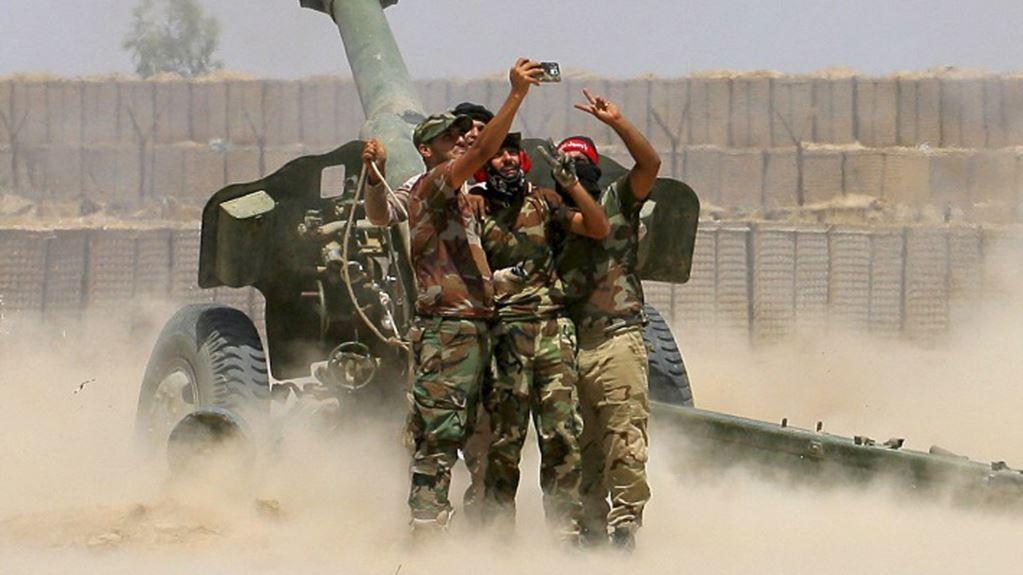 土耳其哨所遭到不明炮轰,袭击者未知,美军的行为却很诡异