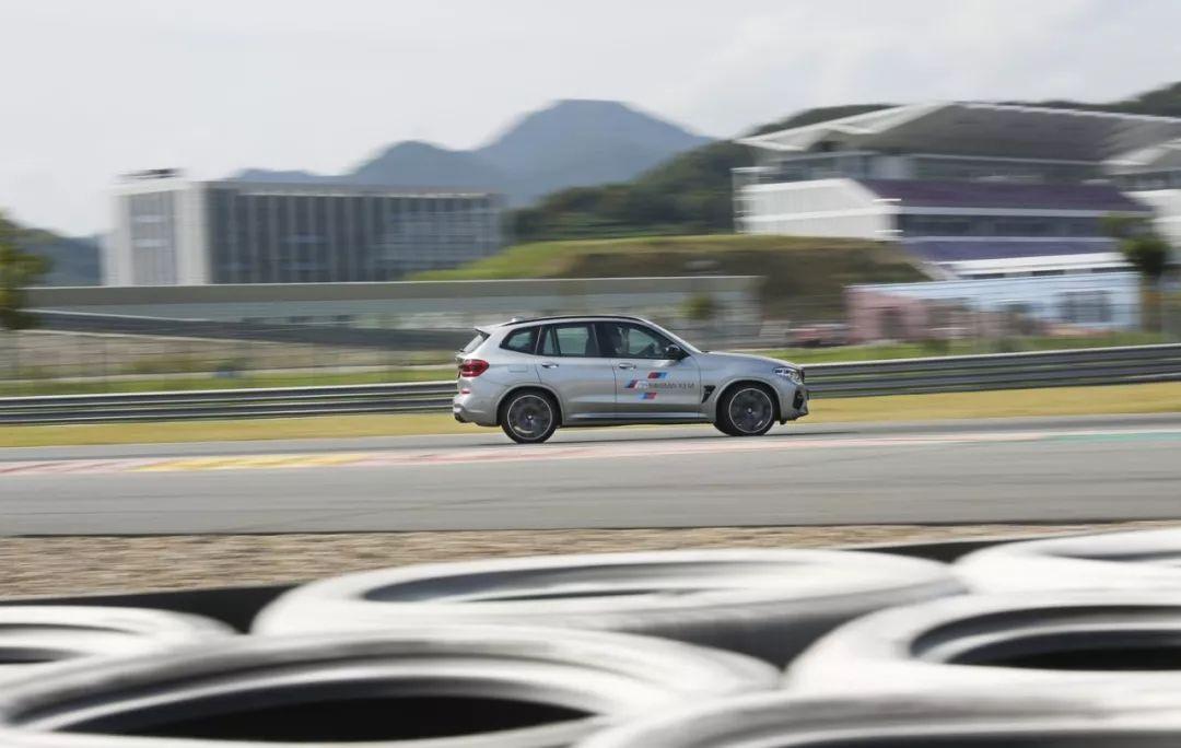 4.1秒破百!宝马2台全新高性能SUV,买不起也要看看!
