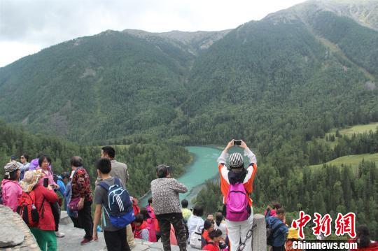 """新疆阿勒泰:""""金山银水""""成高质量发展引擎"""