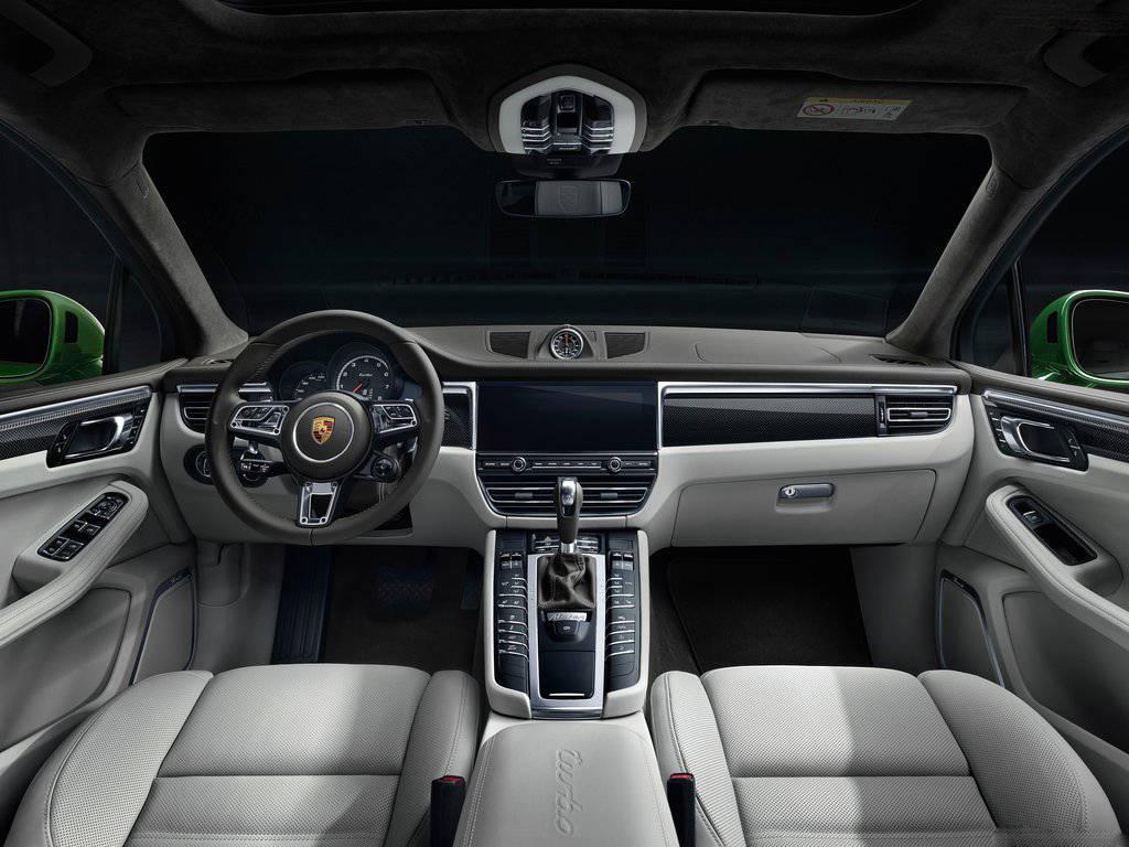 新款Macan Turbo售价公布 ,92.50万起