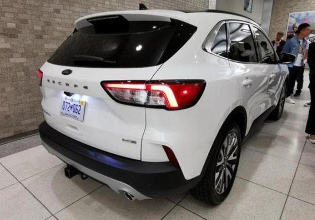 新款福特翼虎实车亮相,外观大改+2米7轴距,配小溜背要火?