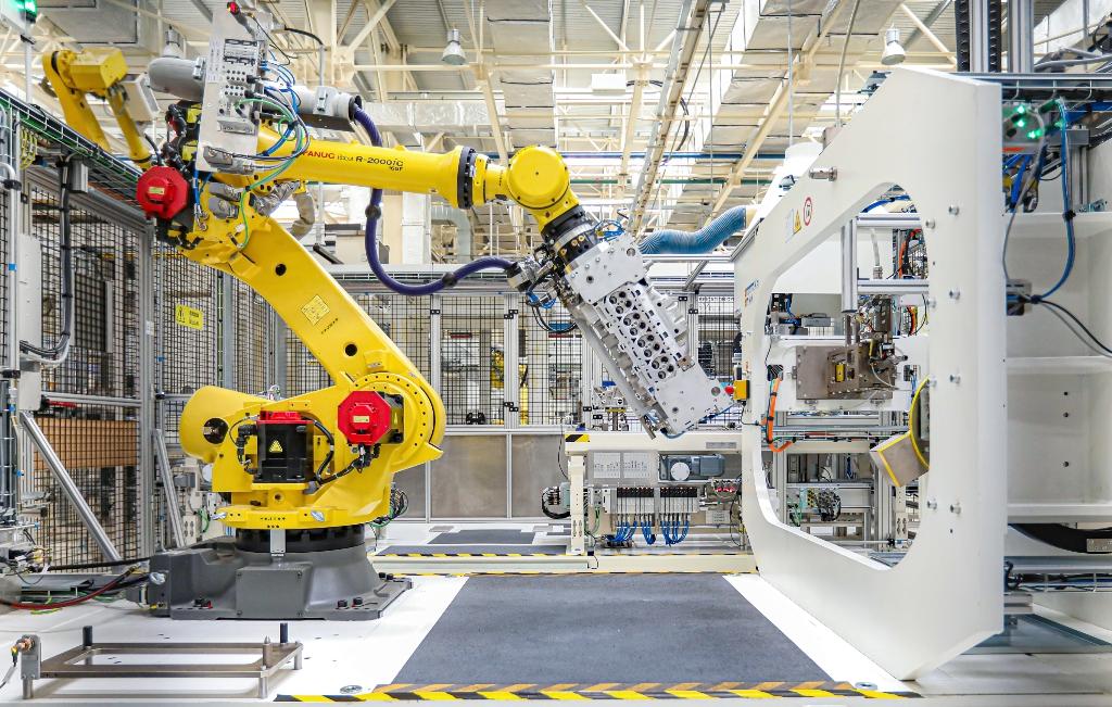 一辆Jeep是怎么诞生的?走进广汽菲克世界级工厂