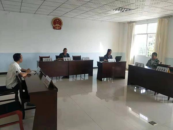 """打响""""第一枪"""" 云南景洪市法院勐龙诉讼服务站首例纠纷案件被成功调解"""