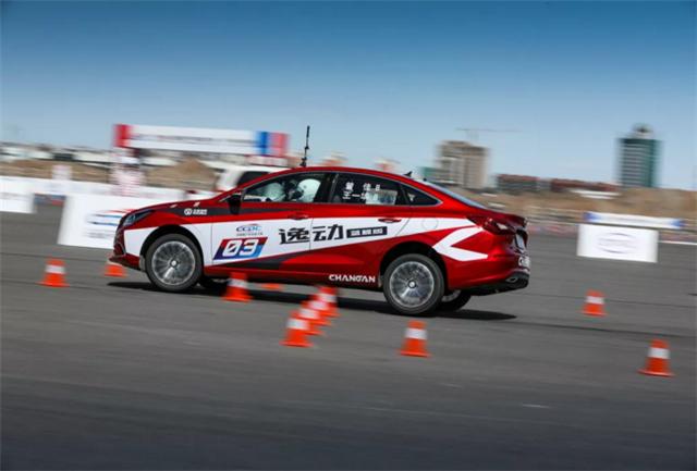 CCPC高手众多,紧凑型车组冠军为何是长安逸动?