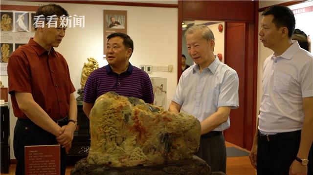 青田石雕大师展:在上海红蔓堂举行