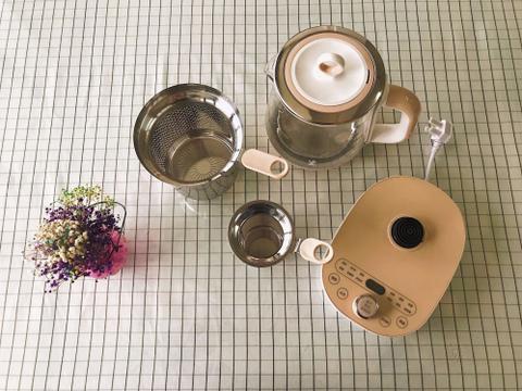 集颜值与功能于一体的养生壶,鸣盏涮涮养生壶