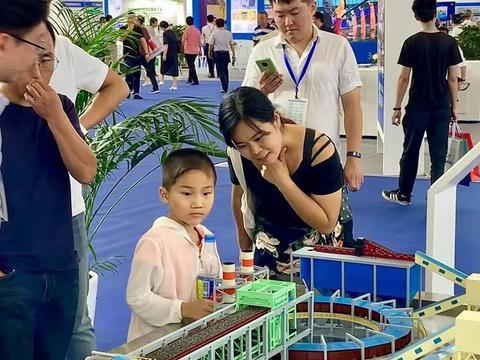 第十八届中国国际装备制造业博览会在沈阳举行