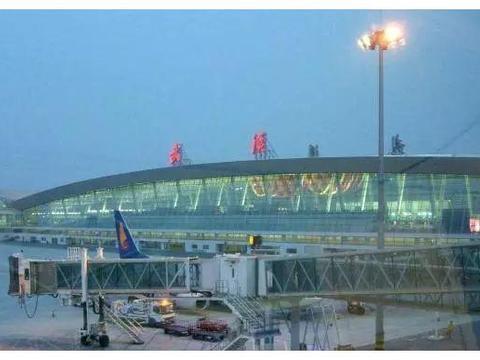 湖北最强的国际机场!是中国八大区域性枢纽机场!却没进全国前十