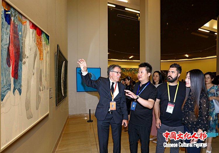 第八届北京国际美术双年展在中国美术馆隆重开幕【组图】