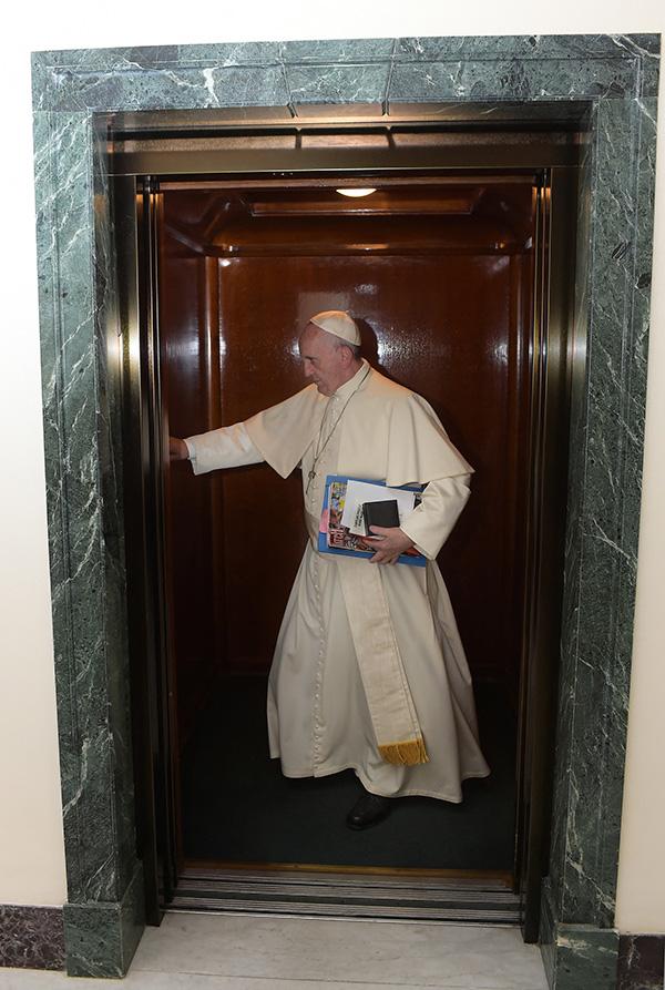 罗马教皇圆济各。IC 材料图